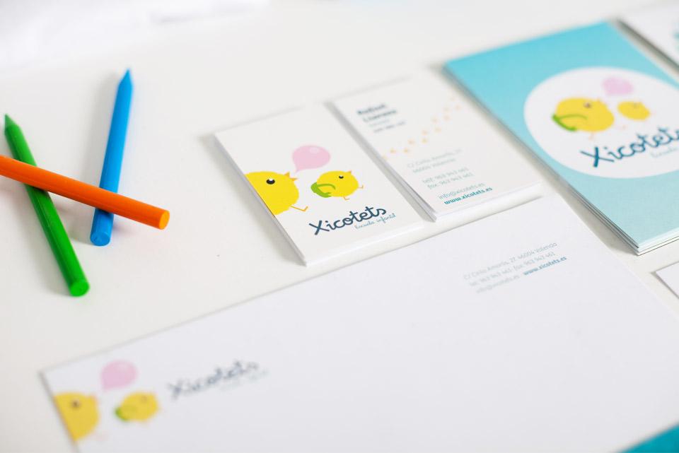 Papelería Imagen Xicotets. Pixelarte estudio de diseño gráfico, creatividad y web.