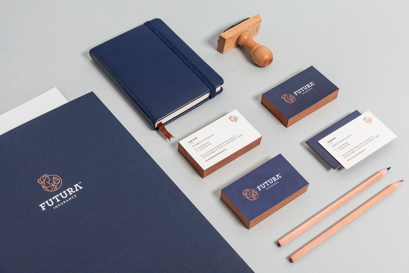 pixelarte-estudio-diseno-grafico-papeleria_corporativa-Futura-insurance